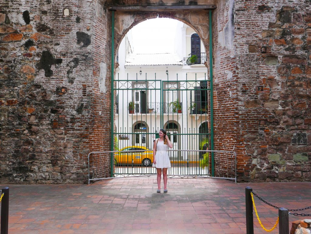 Addie in front of the Arco Chato in Casco Viejo, Panama City